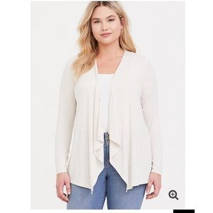 TORRID LIGHT WEIGHT 1x DRAPED CARDIGAN